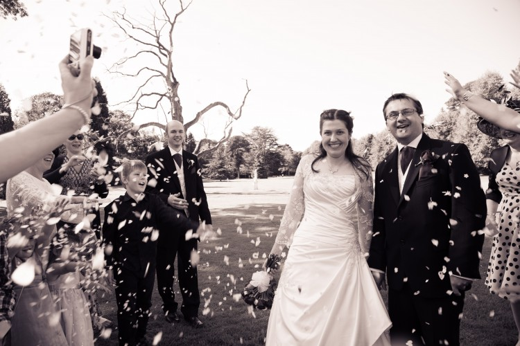 wedding-beamish-confetti